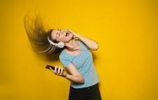 Медиа услуги Алтел — «Tonix», «Мелодия дня», «kioZk»